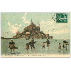 carte postale ancienne 50 LE MONT-SAINT-MICHEL. Pêcheurs des Grèves et Coquetières 1909. Métiers de la Mer