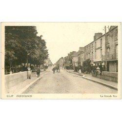 carte postale ancienne 50 PONTORSON. La Grande Rue