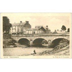 carte postale ancienne 50 PONTORSON. Le Pont sur le Couësnon Lavandière