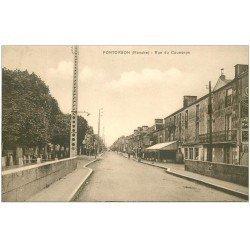 carte postale ancienne 50 PONTORSON. Rue du Couesnon
