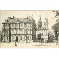 carte postale ancienne 50 SAINT-LO. Hôtel de Ville animation