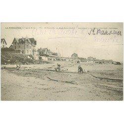 carte postale ancienne 50 SAINT-PAIR-SUR-MER. Laveuses sur la Grève 1907
