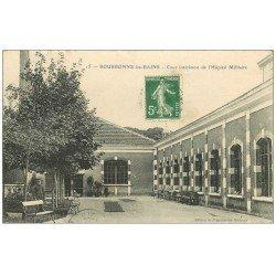 carte postale ancienne 52 BOURBONNE-LES-BAINS. Hôpital Militaire Cour intérieure vers 1913