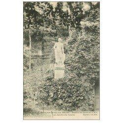 carte postale ancienne 52 BOURBONNE-LES-BAINS. Le Parc du Casino Statue Jeanne d'Arc