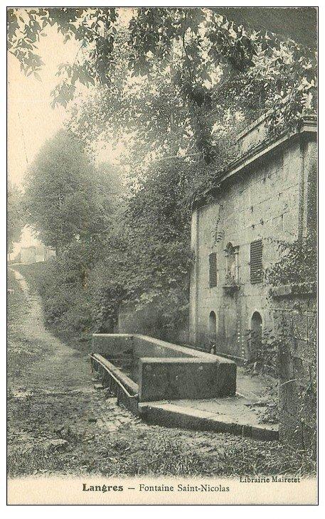 carte postale ancienne 52 LANGRES. Fontaine Saint-Nicolas