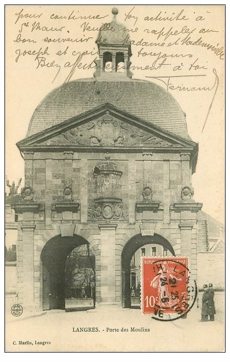 carte postale ancienne 52 LANGRES. Porte des Moulins 1910