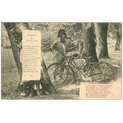 carte postale ancienne 52 WASSY. Légende de l'Arbre Bossu. Brigadier et vélos 1907