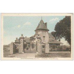 carte postale ancienne 53 AMBRIERES-LE-GRAND. Château Porte-d'Honneur