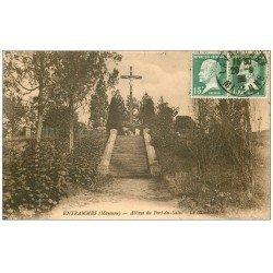 carte postale ancienne 53 ENTRAMMES. Calvaire Abbaye du Port-du-Salut 1925