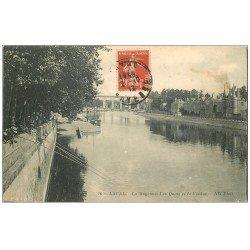 carte postale ancienne 53 LAVAL. Nombreux Pêcheurs sur les Quais 1913