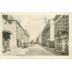 carte postale ancienne 53 MESLAY-DU-MAINE. Rue de Laval 1943