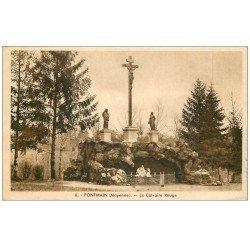 carte postale ancienne 53 PONTMAIN. Calvaire Rouge 1950