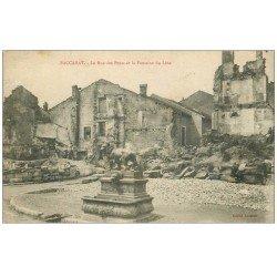 carte postale ancienne 54 BACCARAT. Rue des Ponts Fontaine du Lion 1916