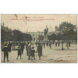 carte postale ancienne 54 LUNEVILLE. Place Carmes Crèche Viox 1916