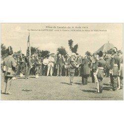 carte postale ancienne 12 Fêtes de LACALM. Général Castelnau remet la Rosette à Rolland, Héros de Sidi-Brahim