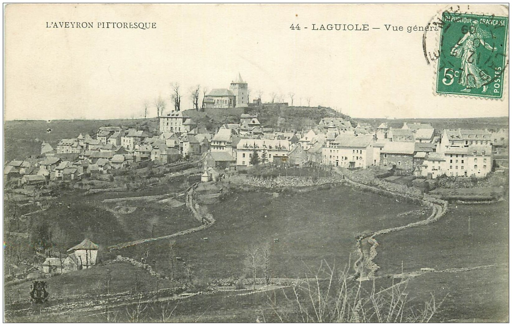 carte postale ancienne 12 LAGUIOLE. Vue générale 1909