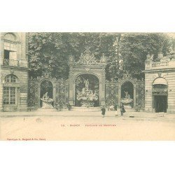 carte postale ancienne 54 NANCY. Fontaine de Neptune vers 1900