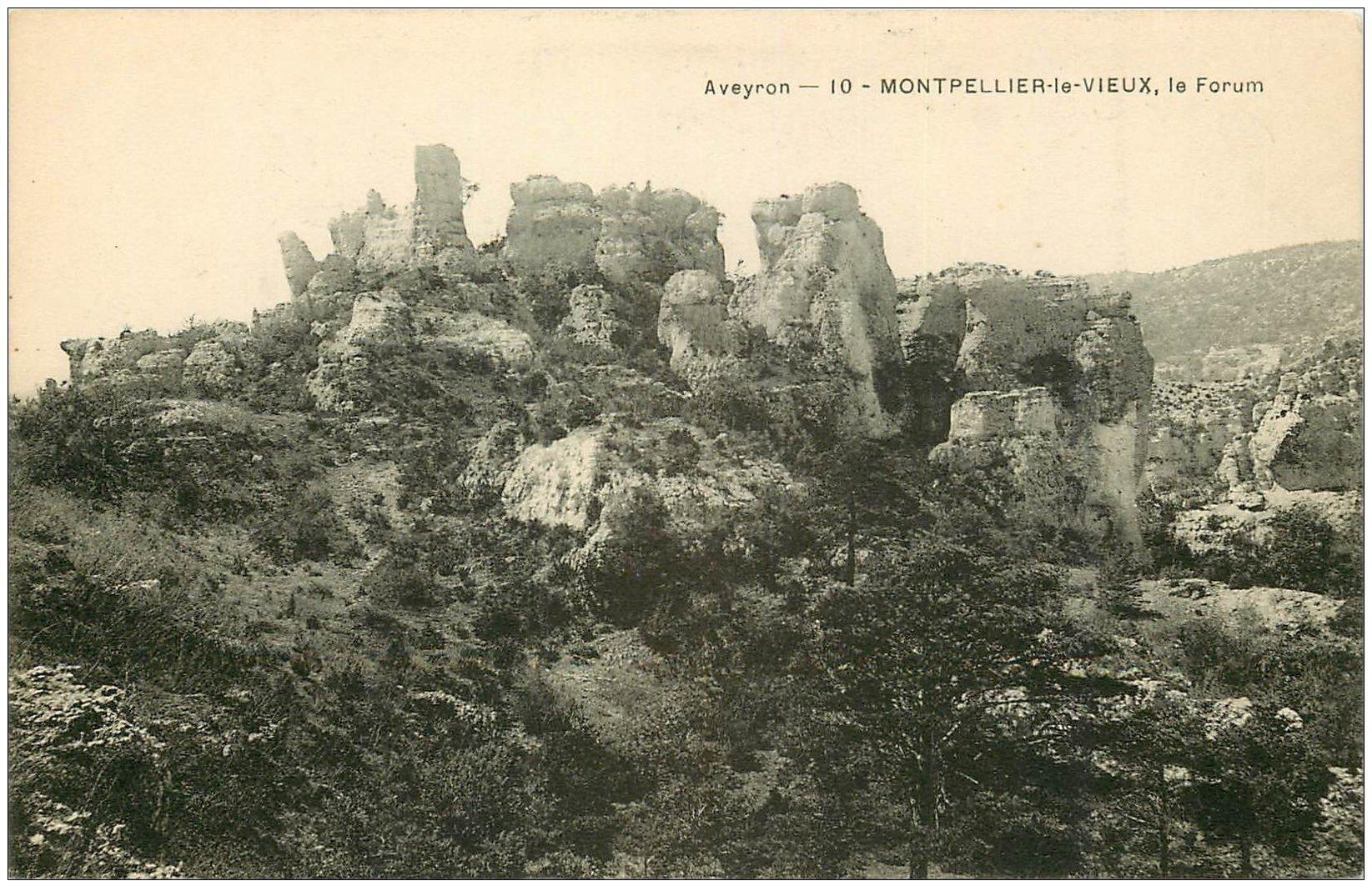 carte postale ancienne 12 MONTPELLIER-LE-VIEUX. Le Forum