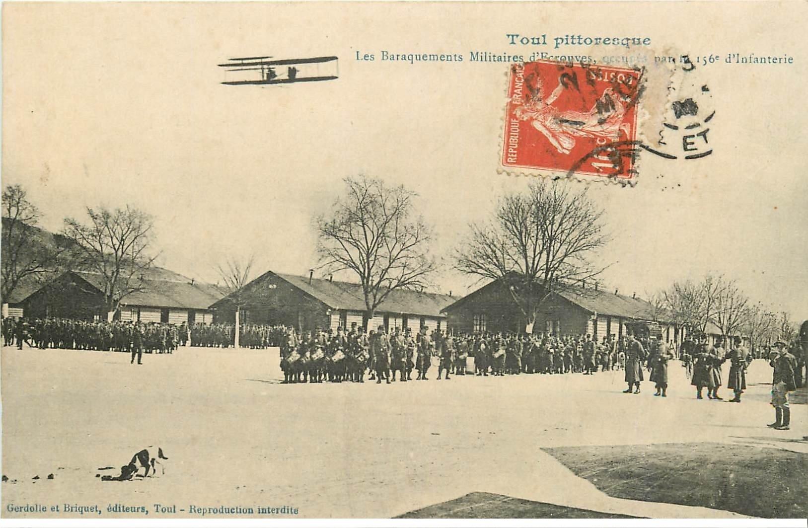 carte postale ancienne 54 TOUL. Baraquements Militaires d'Ecrouves 156° d'Infanterie et aéroplane 1914