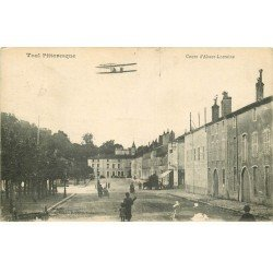 carte postale ancienne 54 TOUL. Cour Alsace-Lorraine 1918 aéroplane