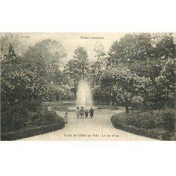 carte postale ancienne 54 TOUL. Hôtel de Ville 1919 Jet d'Eau du Jardin