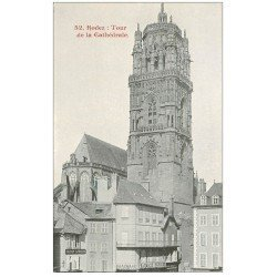 carte postale ancienne 12 RODEZ. La Cathédrale Notre-Dame. La Tour et Pharmacie Bousquet et Maison Carrere