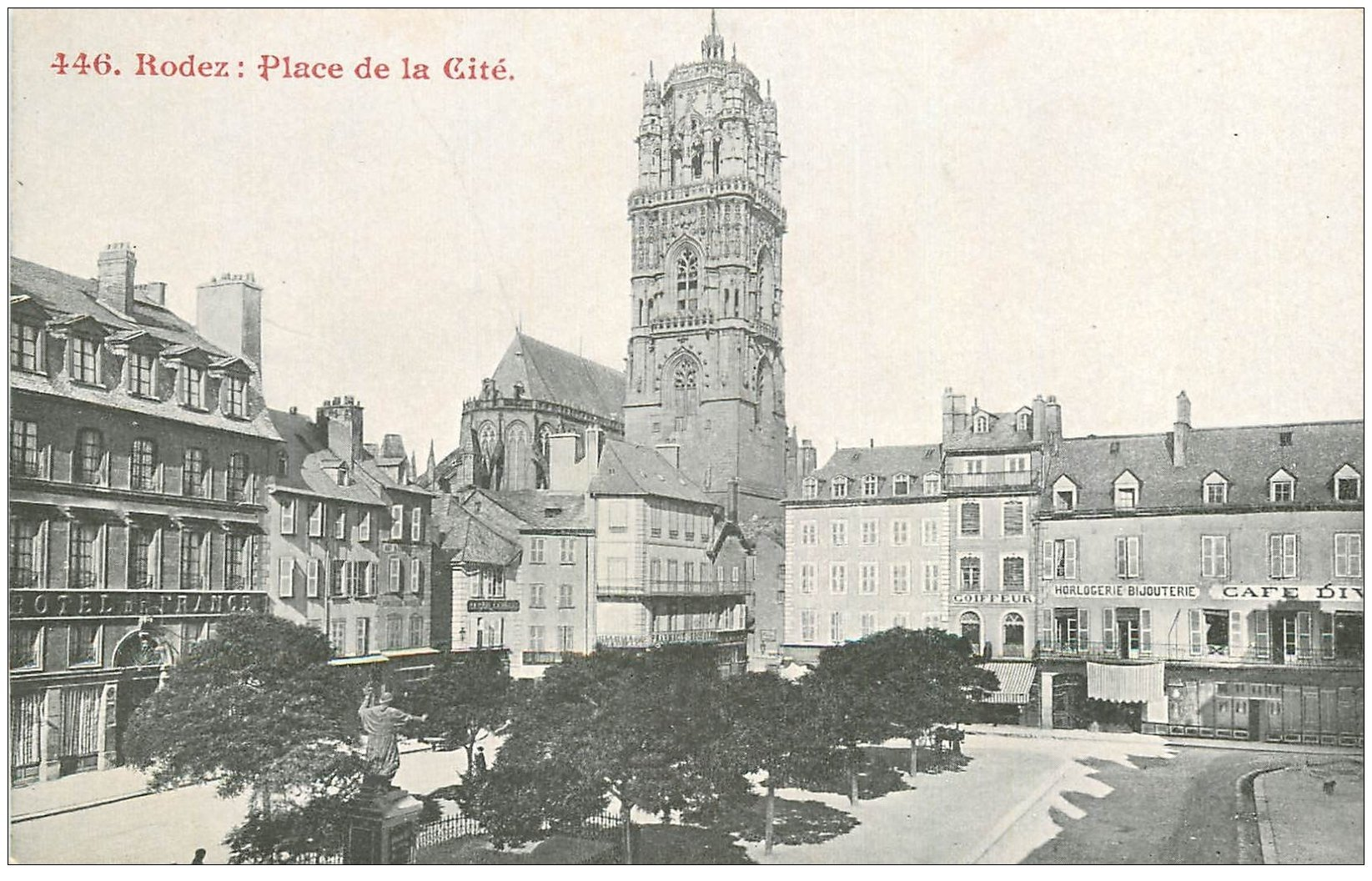 12 rodez place de la cit h tel de france coiffeur et for Carte de france hotel