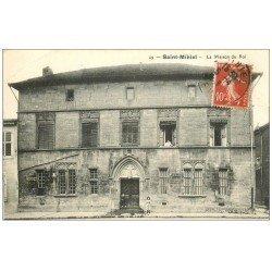 carte postale ancienne 55 SAINT-MIHIEL. La Maison du Roi 1912 animation