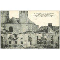 carte postale ancienne 55 VERDUN. Cathédrale Evêché. Guerre 1914-18