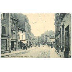 carte postale ancienne 57 HAYANGE HAYINGEN. Rue du Maréchal Foch 1930 . Bords dentelés à la ficelle