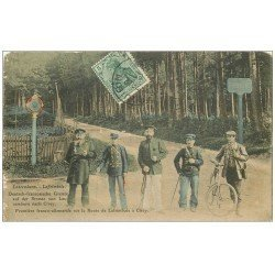 carte postale ancienne 57 LAFRIMBOLE LASCEMBORN. Frontière Route à Cirey 1908 Douaniers