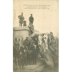 carte postale ancienne 57 METZ. Frédéric III renversé de son socle en a perdu la tête