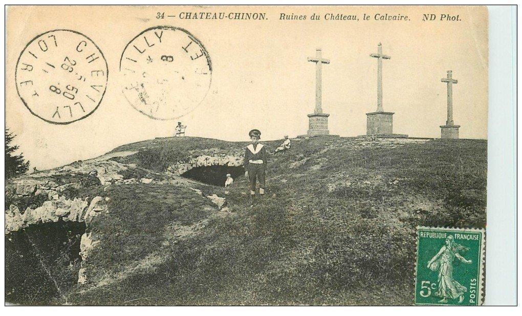 carte postale ancienne 58 CHATEAU-CHINON. Ruines du Château et Calvaire 1911