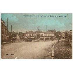 carte postale ancienne 58 CHATILLON-EN-BAZOIS. Avenue de la Gare Rue de la Picherotte. Vieille Pompe à Essence