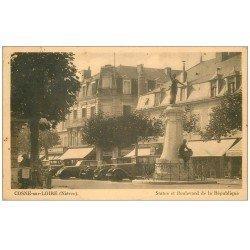 carte postale ancienne 58 COSNE-SUR-LOIRE. Boulevard de la République 1945 superbes voitures