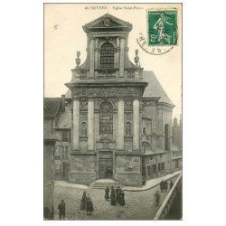carte postale ancienne 58 NEVERS. Eglise Saint-Pierre 1911 animée