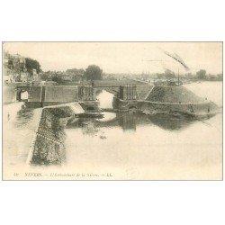 carte postale ancienne 58 NEVERS. Embouchure de la Nièvre 1916