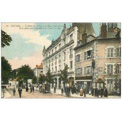 carte postale ancienne 58 NEVERS. Hôtel des Postes Place Jean-Desvaux. Tabac Cartes Postales