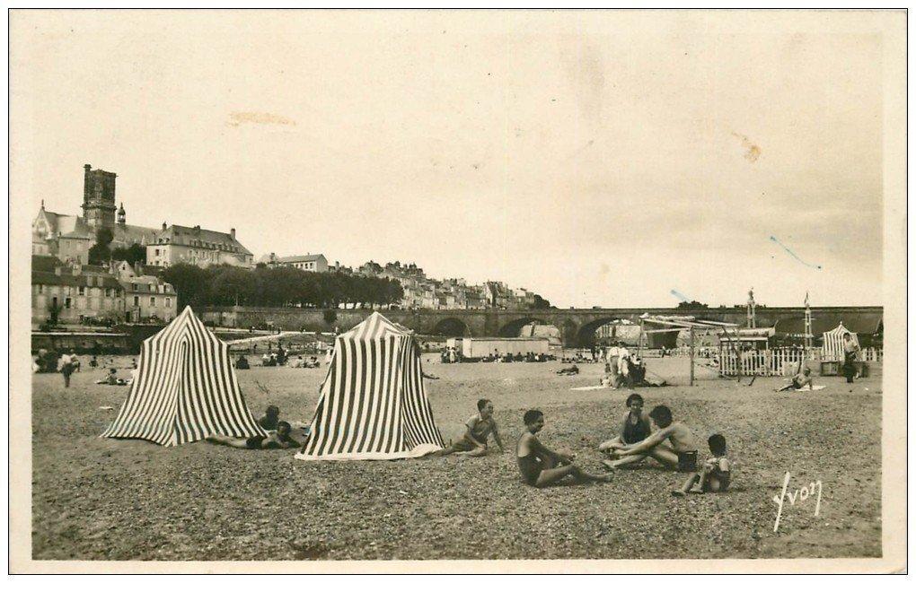 carte postale ancienne 58 NEVERS. La Plage 1939. Carte Photo