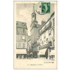 carte postale ancienne 58 NEVERS. Le Beffroi 1910. Magasin Dumoulin