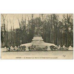 carte postale ancienne 58 NEVERS. Monument aux Morts Grande Guerre vers 1928