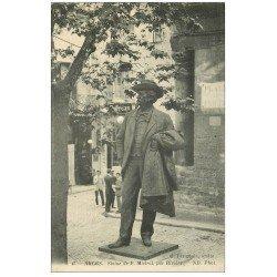carte postale ancienne 13 ARLES. Statue de Mistral par Rivière. Coiffeur