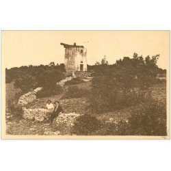 carte postale ancienne 13 FONTVIEILLE. Le Moulin de Daudet. Edition N.D