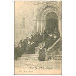 carte postale ancienne 13 LES BAUX. Le Noël des Bergers. Carte Pionnière vers 1900 vierge
