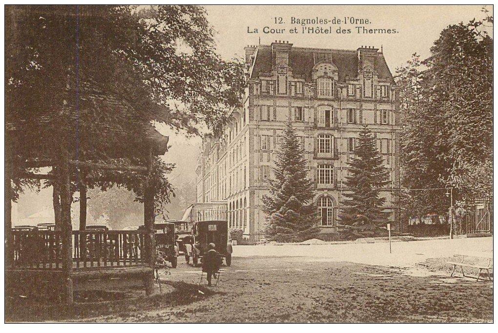 61 BAGNOLES-DE-L'ORNE  Cour Hôtel Thermes  Carte expédiée Banque Française  de Syrie à Beyrouth République Libanaise 1933