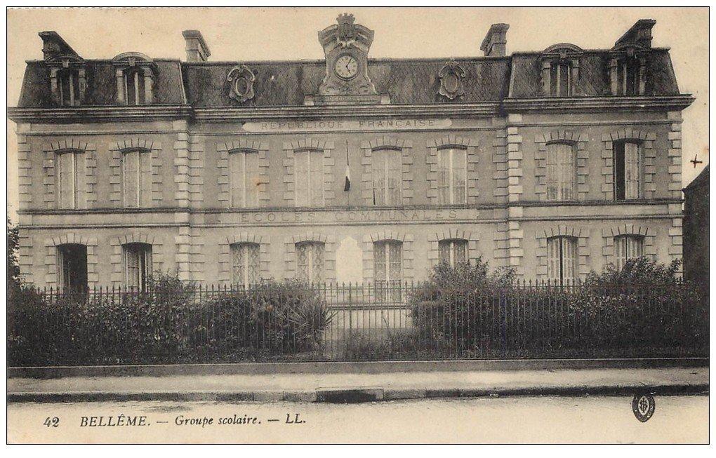 carte postale ancienne 61 BELLEME. Groupe Scolaire 1922