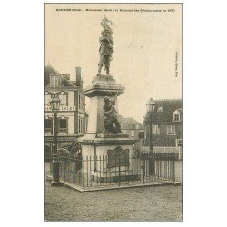 carte postale ancienne 61 BRIOUZE. Monument Soldats Morts 1904
