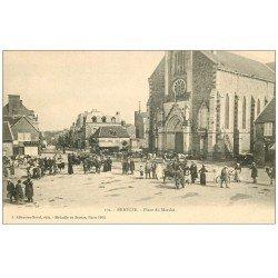 carte postale ancienne 61 BRIOUZE. Place du Marché