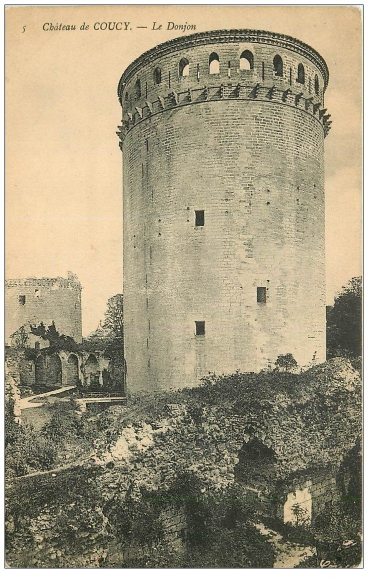 carte postale ancienne 02 COUCY-LE-CHATEAU. Le Donjon