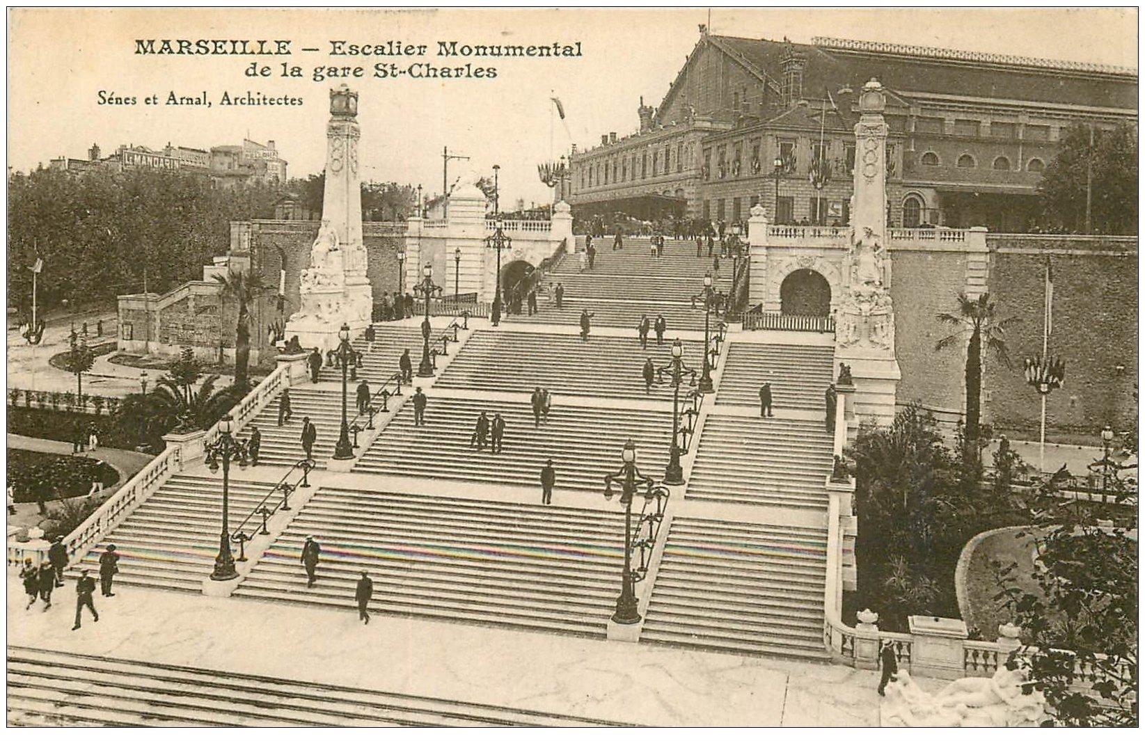 carte postale ancienne 13 MARSEILLE. Escalier Gare Saint-Charles 1927
